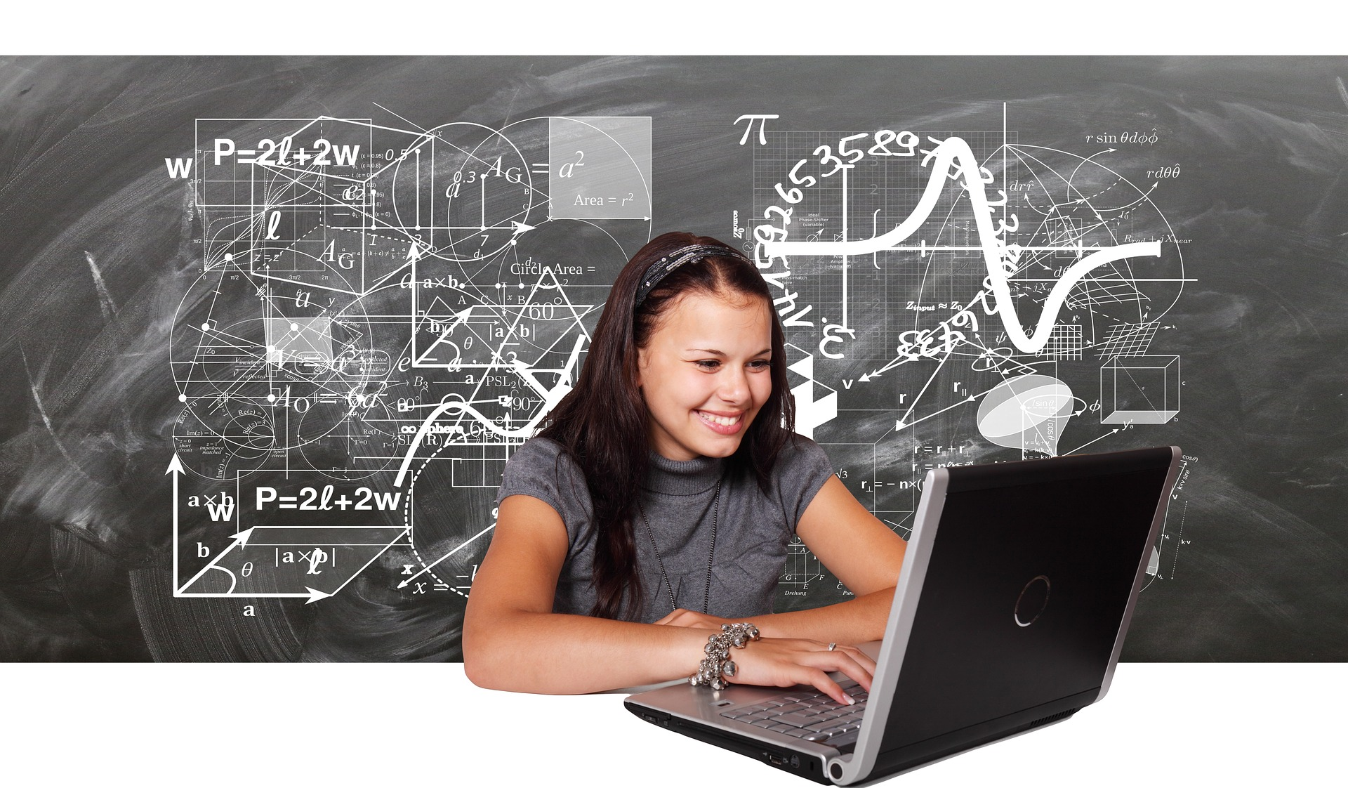 Girls 4 STEM Pilot Project Open to Applications